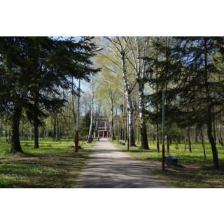 9 Мая 2014 г. - мемориал в парке перед заводом им В.И. Чапаева